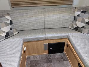 Splt Rear Seat  IMG_20200512_112848.jpg